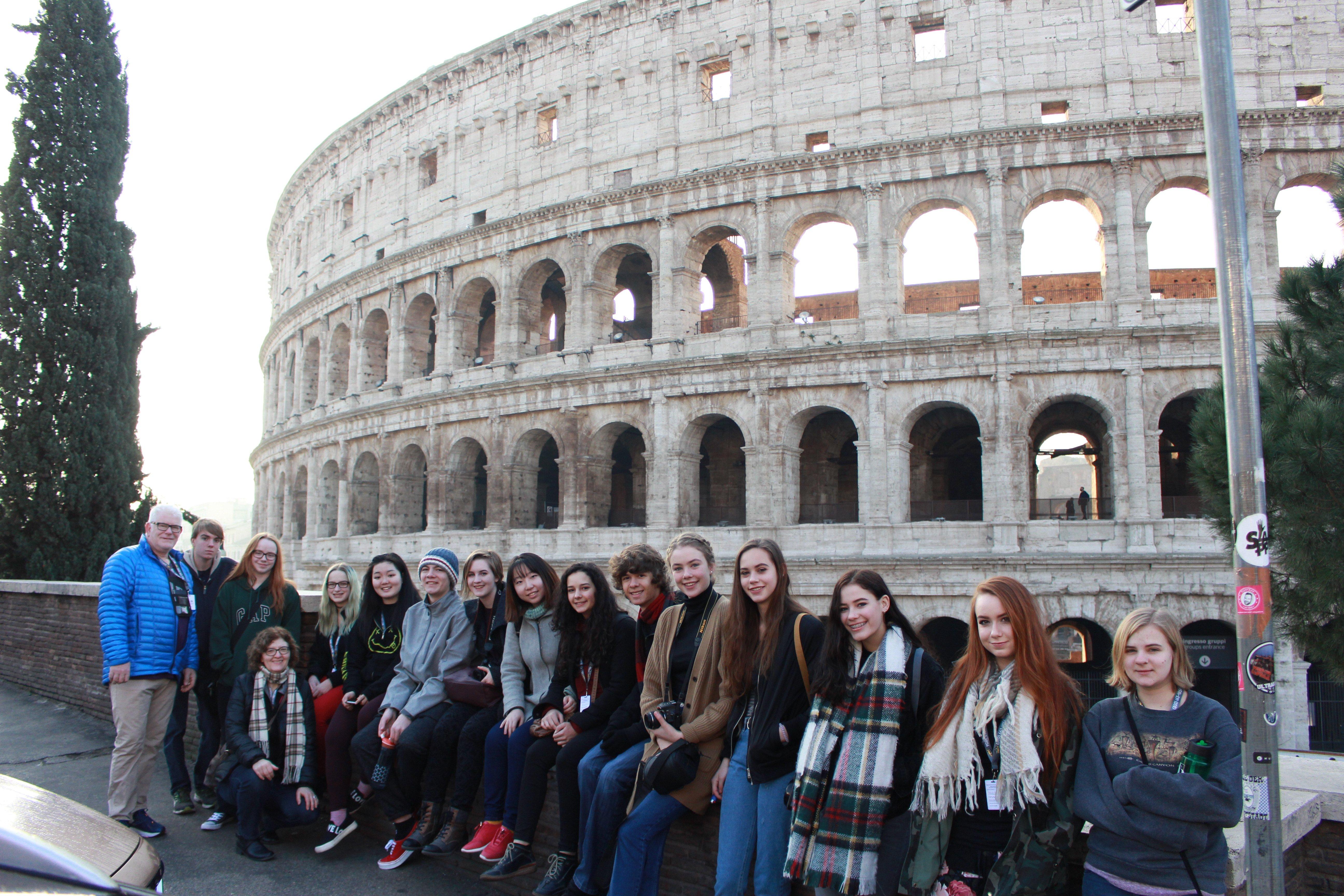 ITA_Rome_Youth_colosseum